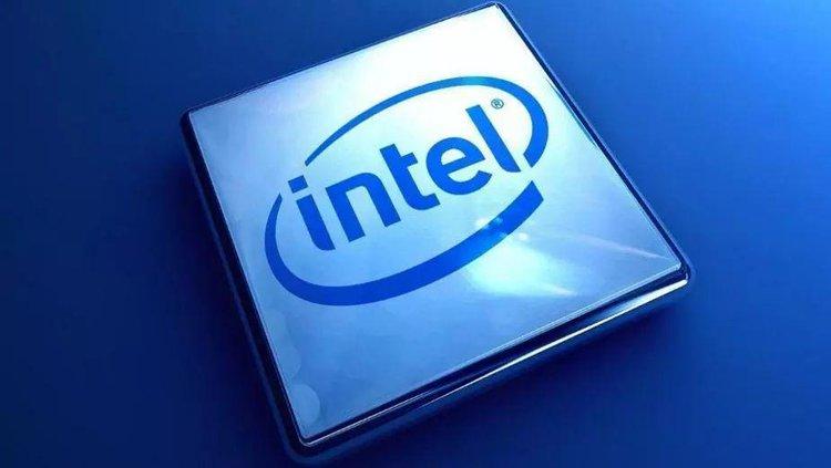 Intel szykuje wielkie obniżki cen procesorów, by walczyć z AMD. Koszty będą potężne -
