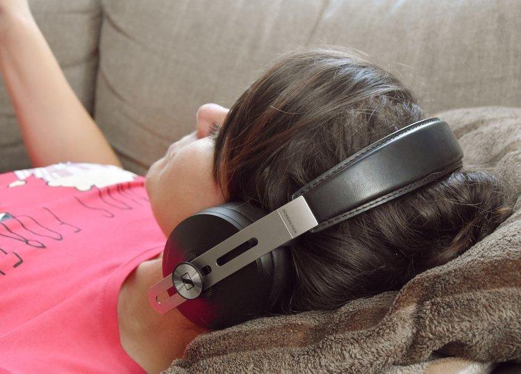 Czy warto kupić bezprzewodowe słuchawki Sennheiser Momentum M3 Wireless? -