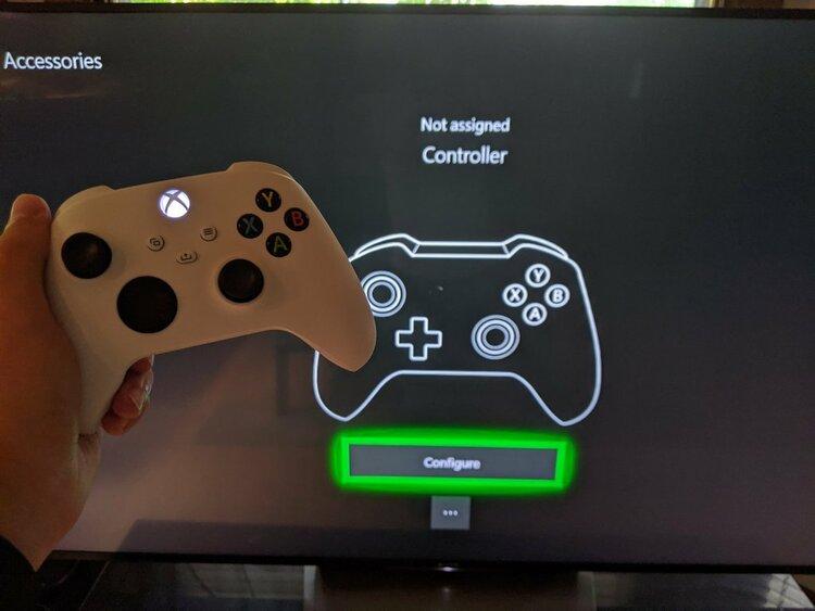 W sieci pojawił się unboxing pada do Xbox Series X i S -